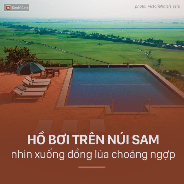 ho-boi-tren-nui-sam-nhin-xuong-dong-lua-choang-ngop