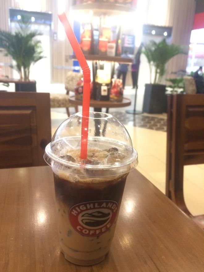 highland coffee aeon mall binh tan